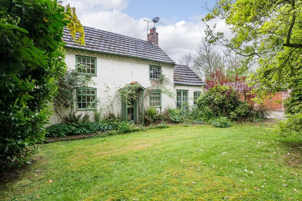 4 Bedrooms Detached House for sale in Baddiley, Cheshire