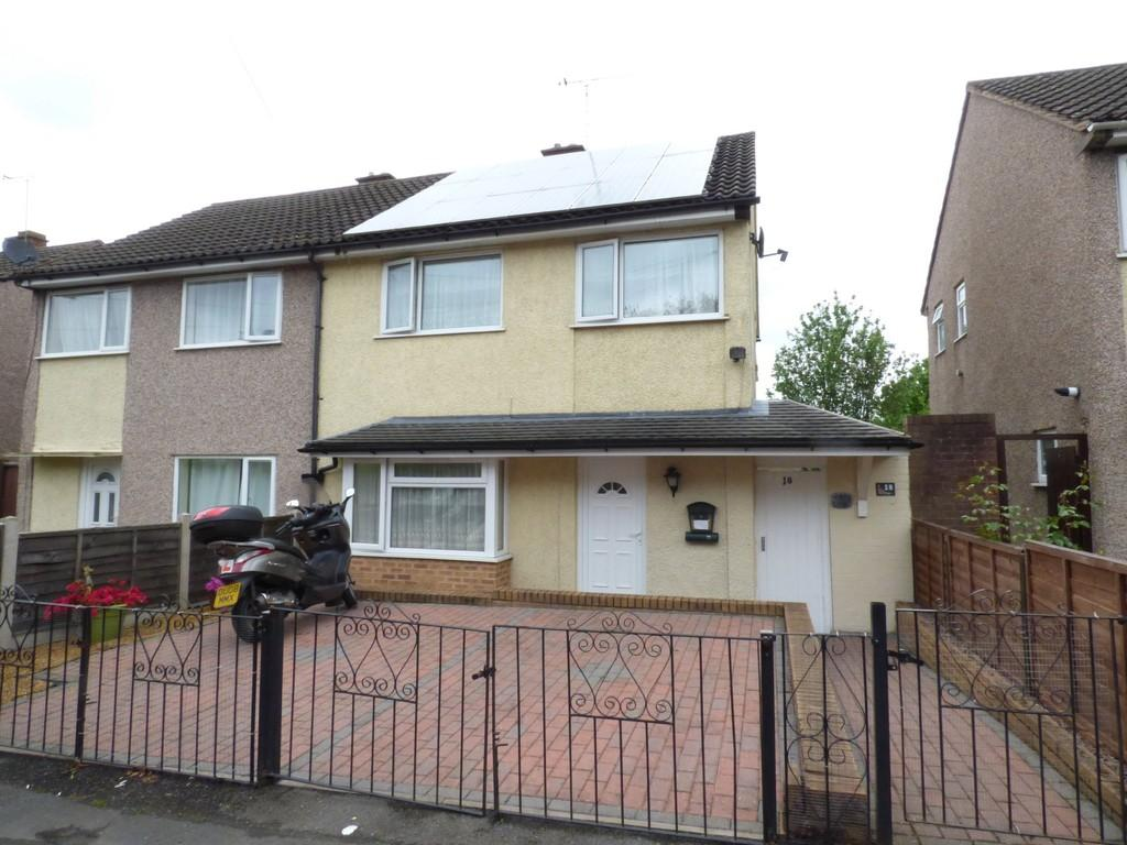 4 Bedrooms Semi Detached House for sale in Wordsworth Avenue, Stafford