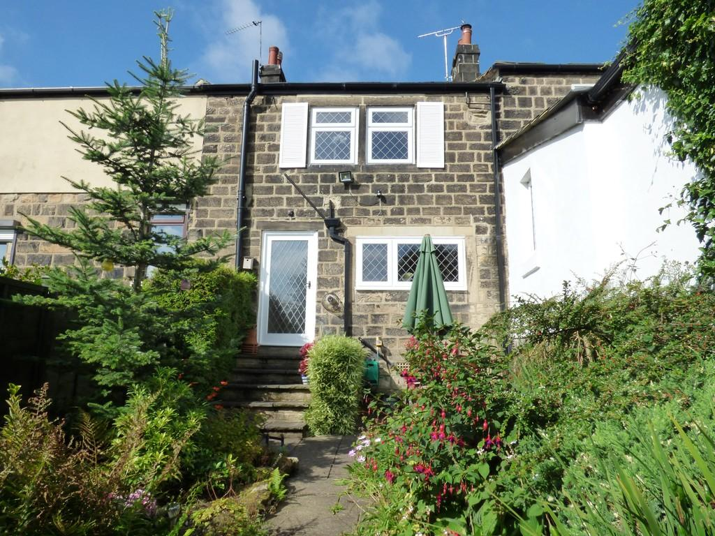 2 Bedrooms Cottage House for sale in Back Lane, Guiseley