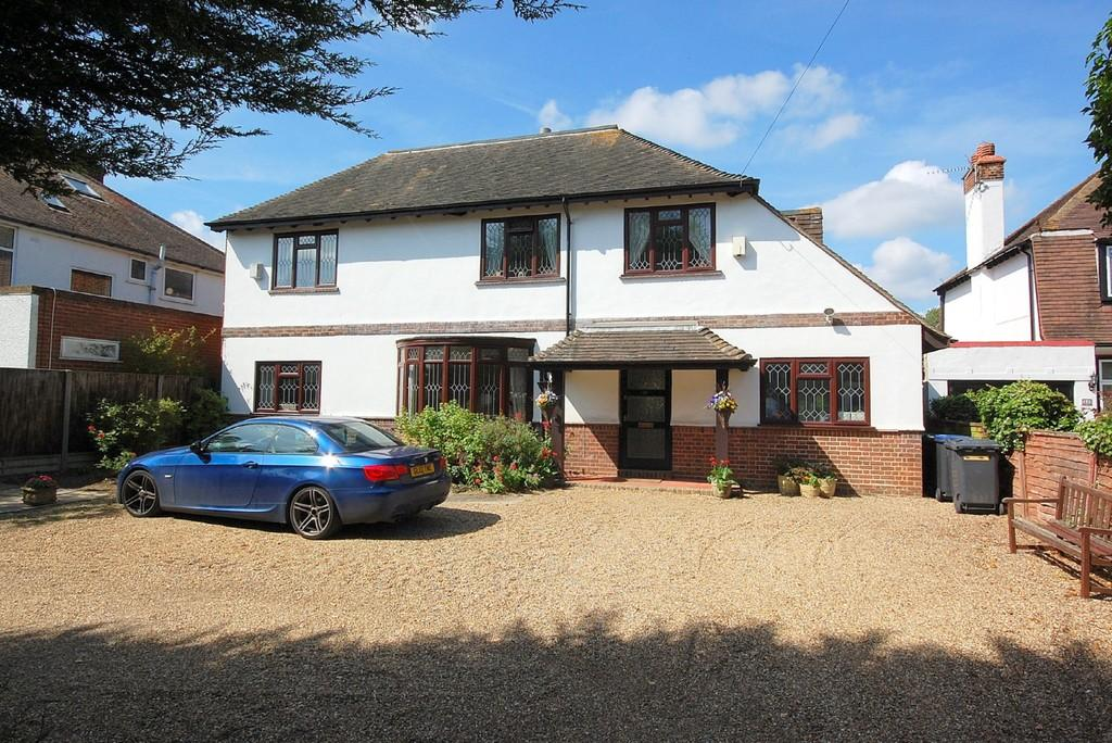 5 Bedrooms Detached House for sale in Sea View Road, Herne Bay
