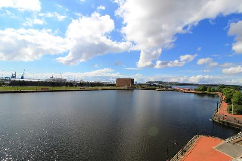 2 bedroom apartment to rent - Falcon Drive, Cardiff