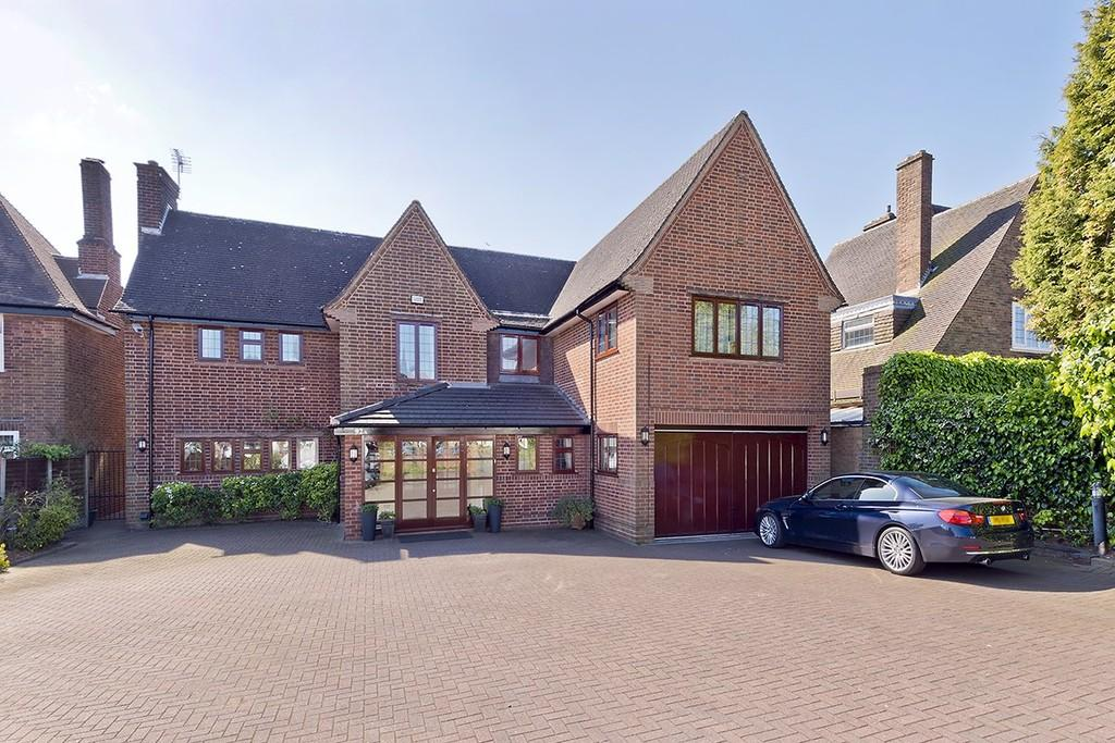 6 Bedrooms Detached House for sale in Hampton Lane, Solihull