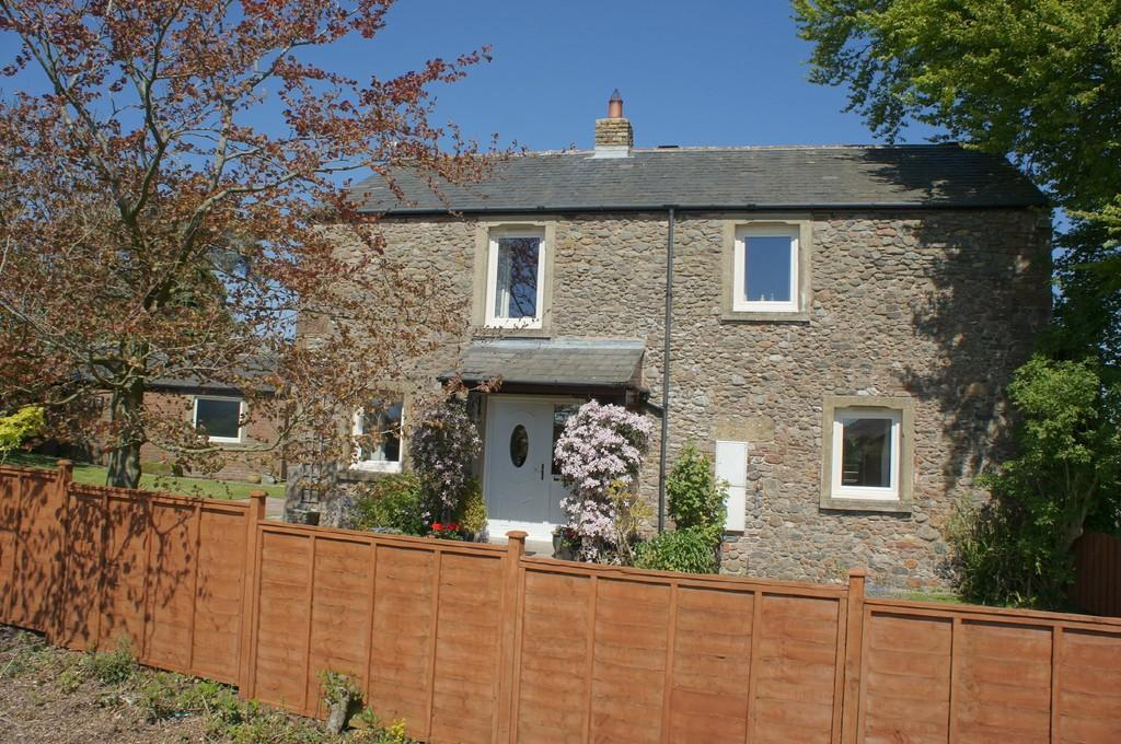 3 Bedrooms Barn Conversion Character Property for sale in Yew Tree Cottage Barn, Beaumont, Carlisle