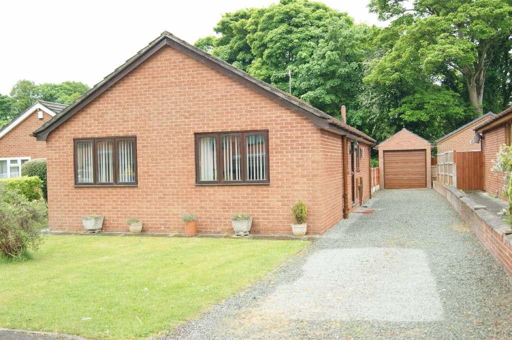 3 Bedrooms Detached Bungalow for sale in Pont Yr Afon, Penycae