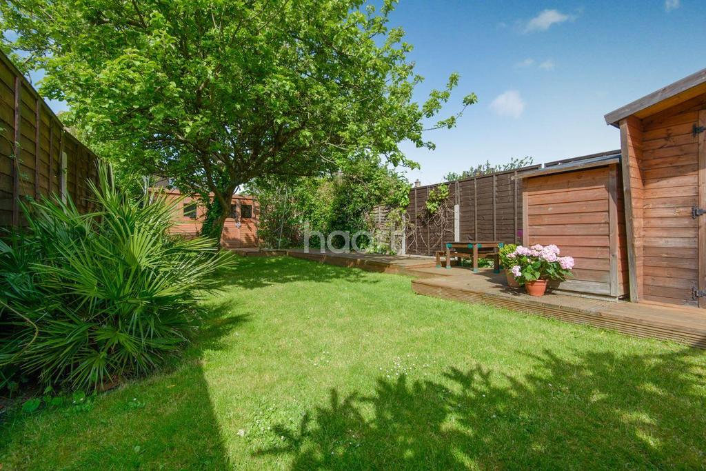 3 Bedrooms Semi Detached House for sale in Ashingdon Road, Ashingdon
