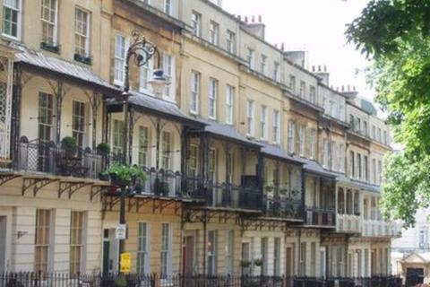 3 bedroom flat to rent - Clifton, Caledonia Place BS8 4DH