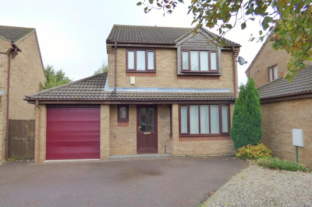 4 Bedrooms Detached House for sale in Suffield Close, Tharston