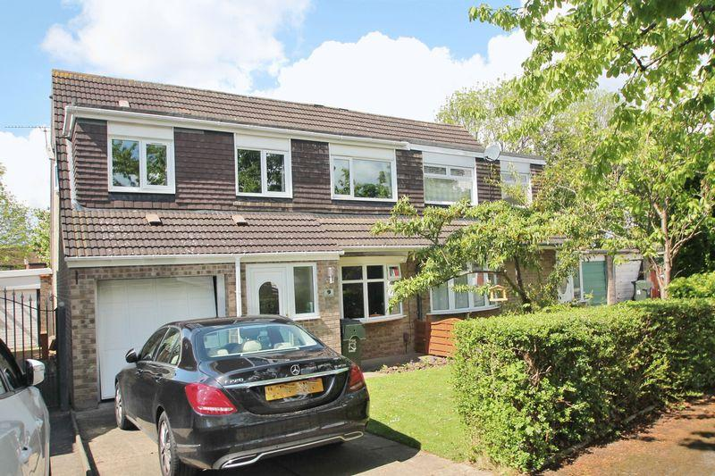 4 Bedrooms Semi Detached House for sale in Calluna Grove, Marton