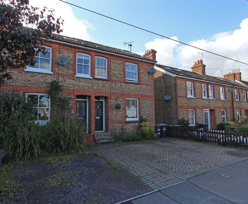 4 Bedrooms End Of Terrace House for sale in Western Road, Hurstpierpoint