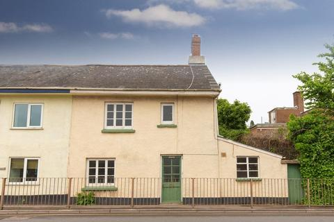 2 bedroom semi-detached house for sale - Western Road, Crediton