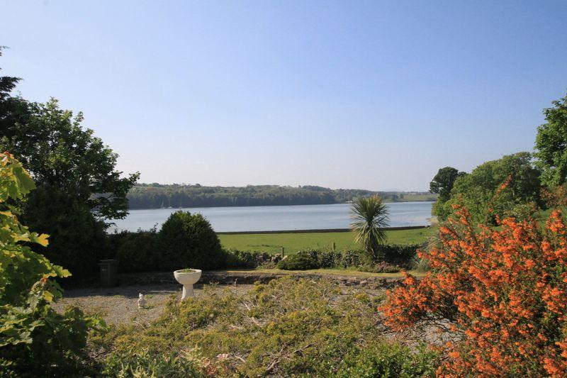 3 Bedrooms Detached House for sale in Moel Y Don, Anglesey