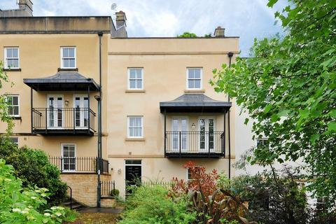 5 bedroom terraced house for sale - Eveleigh Avenue, Bath
