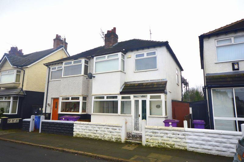 3 Bedrooms Semi Detached House for sale in Briardale Road, Liverpool