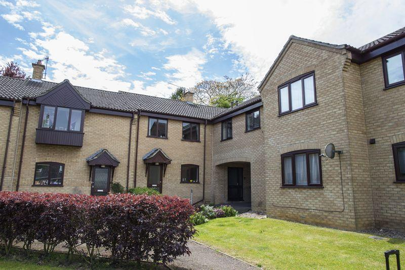 1 Bedroom Apartment Flat for sale in Avon Court, Bury St. Edmunds