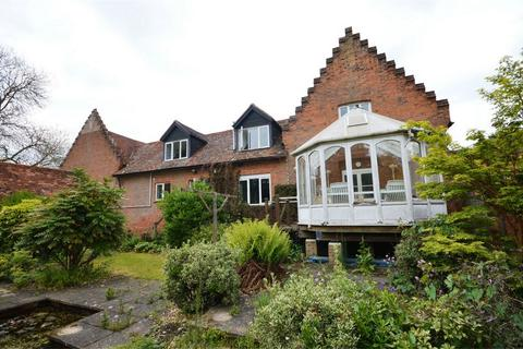 4 bedroom country house for sale - 9 Newton Hall, Great Dunmow