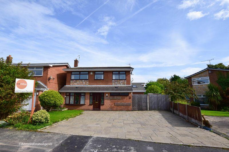 4 Bedrooms Detached House for sale in Walkers Lane, Penketh, Warrington