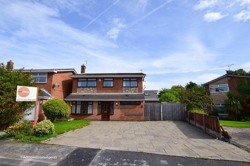 4 Bedrooms Detached House for sale in Walkers Lane, Penketh, Warrington