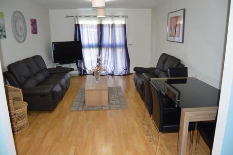 2 bedroom apartment to rent - Landmark Place Churchill Way, Cardiff, CF10