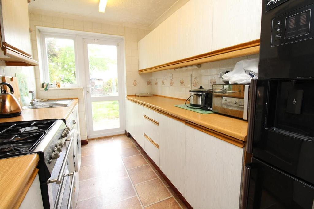 4 Bedrooms Semi Detached House for sale in Rachael Gardens, Silver End, Witham, Essex, CM8