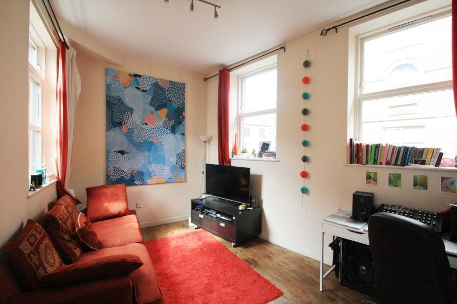 1 Bedroom Apartment Flat for sale in HARPERS YARD, HARPER STREET, LEEDS, LS2 7EA