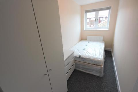 1 bedroom in a house share to rent - Selmeston Place, Brighton