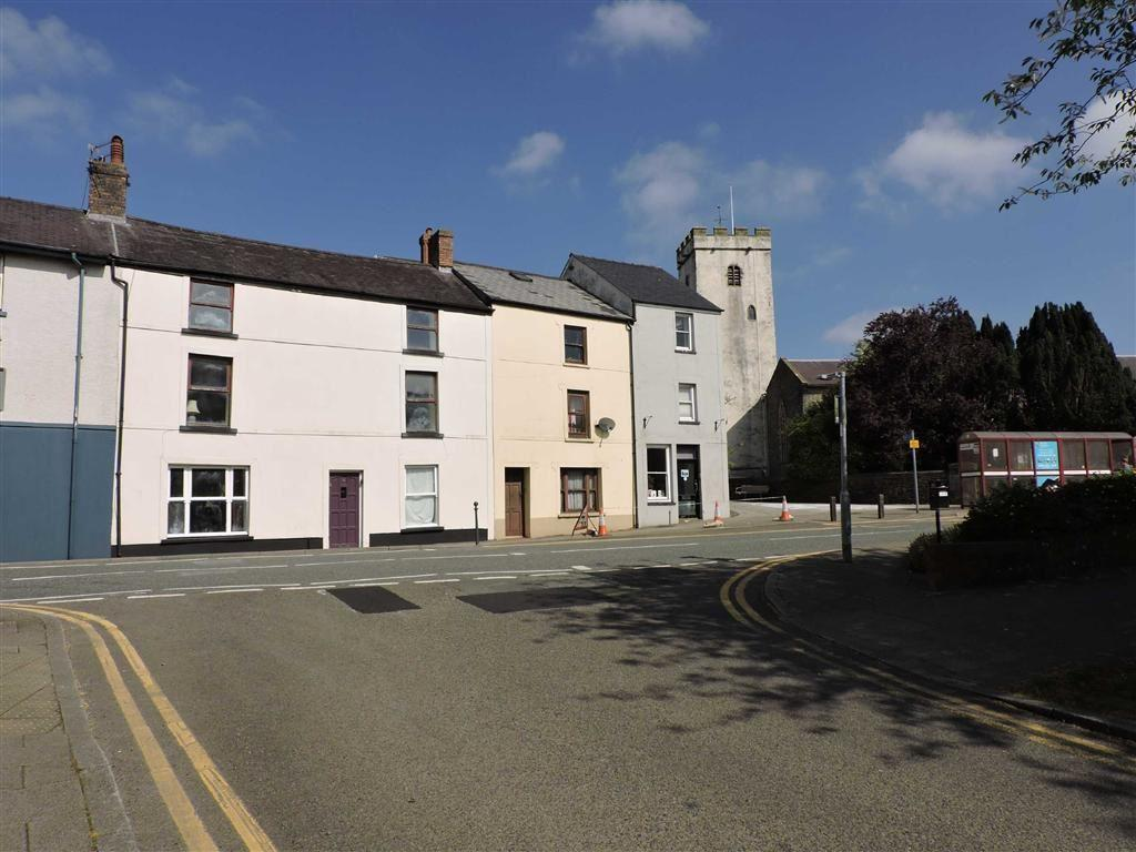 4 Bedrooms Town House for sale in Spilman Street, Carmarthen