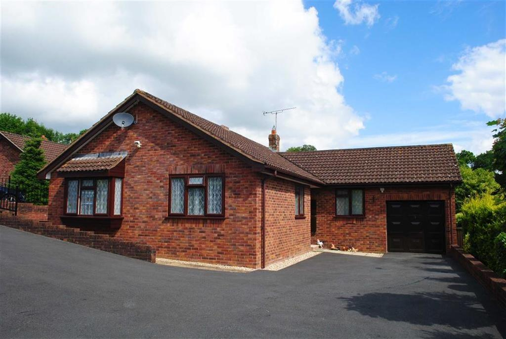 3 Bedrooms Bungalow for sale in Cranmore View, Ashley, Tiverton, Devon, EX16