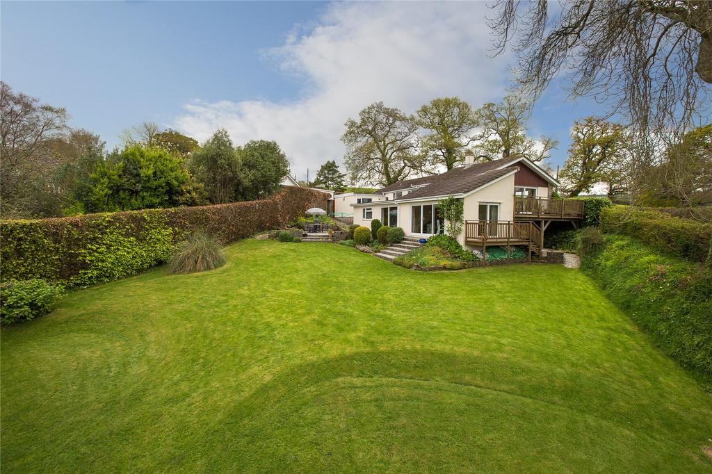 5 Bedrooms Detached Bungalow for sale in Barracks Hill, Totnes, TQ9