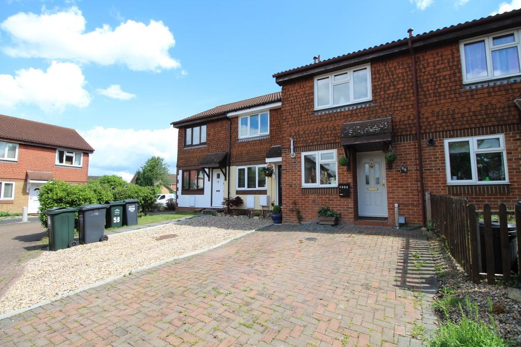 2 Bedrooms Terraced House for sale in Chatsworth Road Dartford DA1