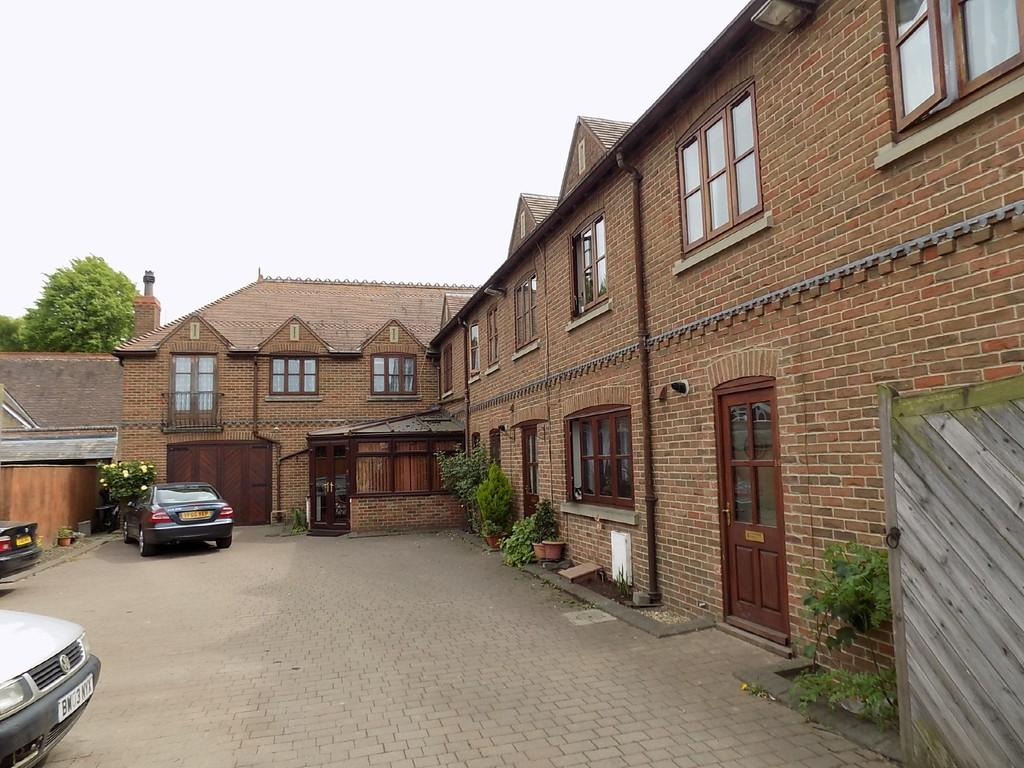 5 Bedrooms Town House for sale in Lynn Road, Wisbech