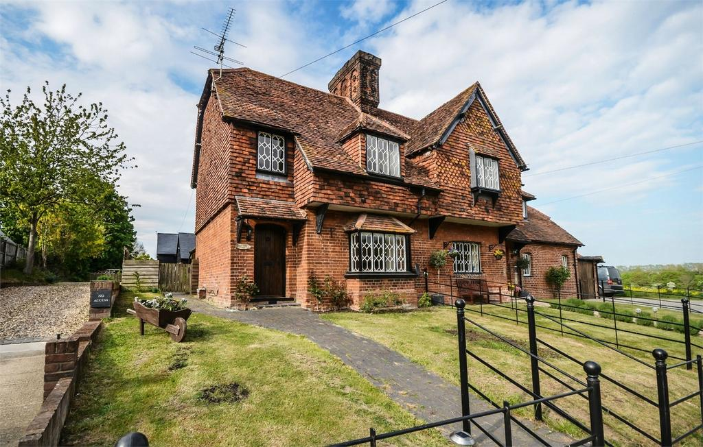 2 Bedrooms Cottage House for sale in Lodge Farm Cottage, The Street, Furneux Pelham, Nr Buntingford