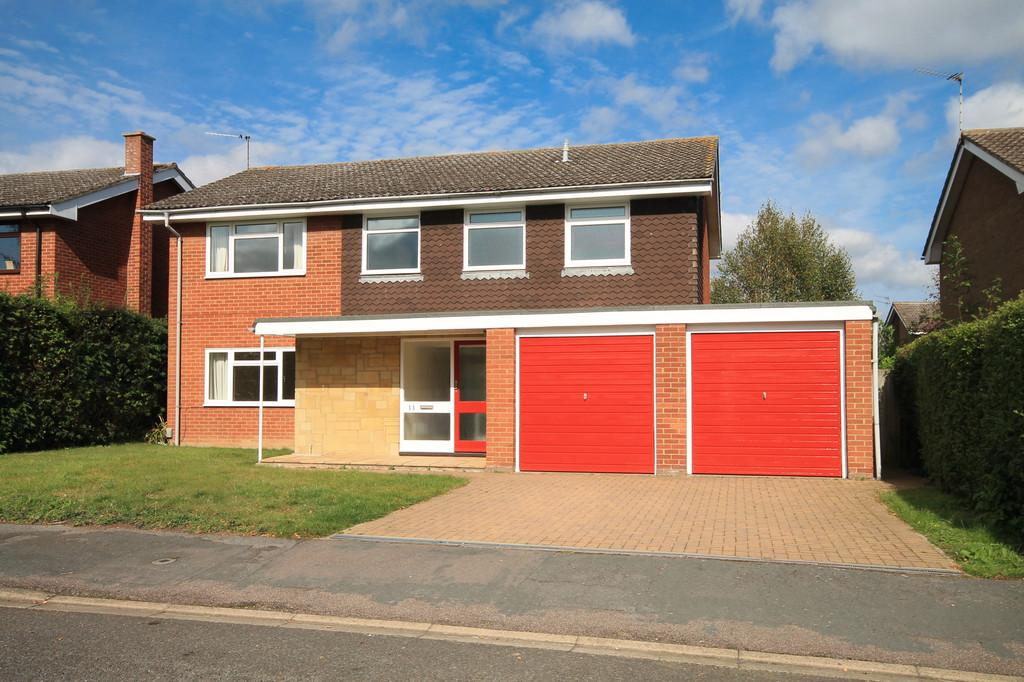 4 Bedrooms Detached House for sale in Wootton Way, Cambridge