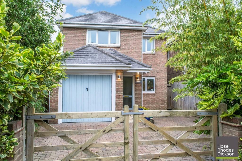 3 Bedrooms Detached House for sale in Mitten Road, Bembridge