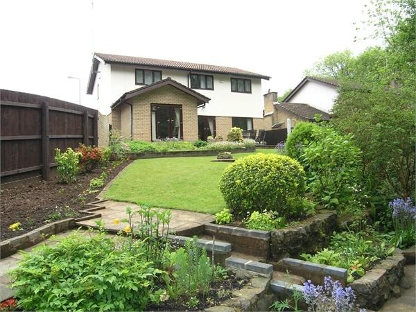 4 Bedrooms Detached House for sale in Crofta, Lisvane, Cardiff
