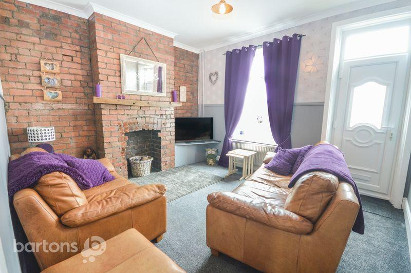 3 Bedrooms Terraced House for sale in Oldgate Lane, Thrybergh, Rotherham