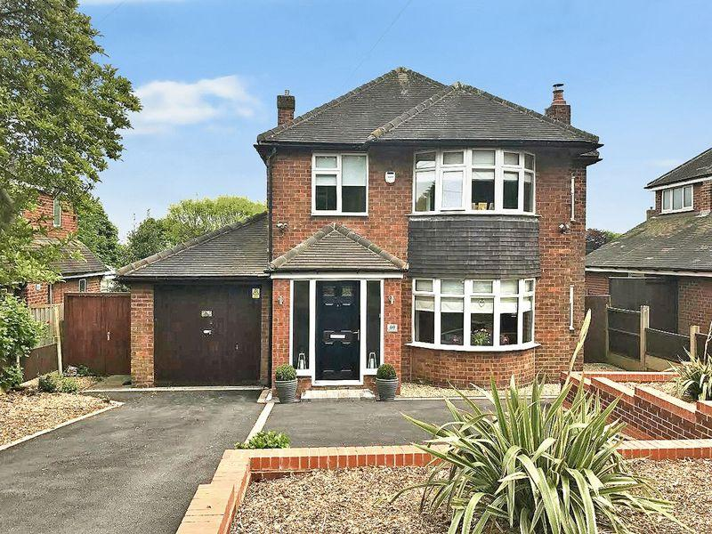 3 Bedrooms Detached House for sale in Highlands Road, Higher Runcorn
