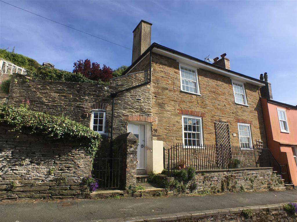 3 Bedrooms Semi Detached House for sale in Church Street, Kingsbridge, Devon, TQ7