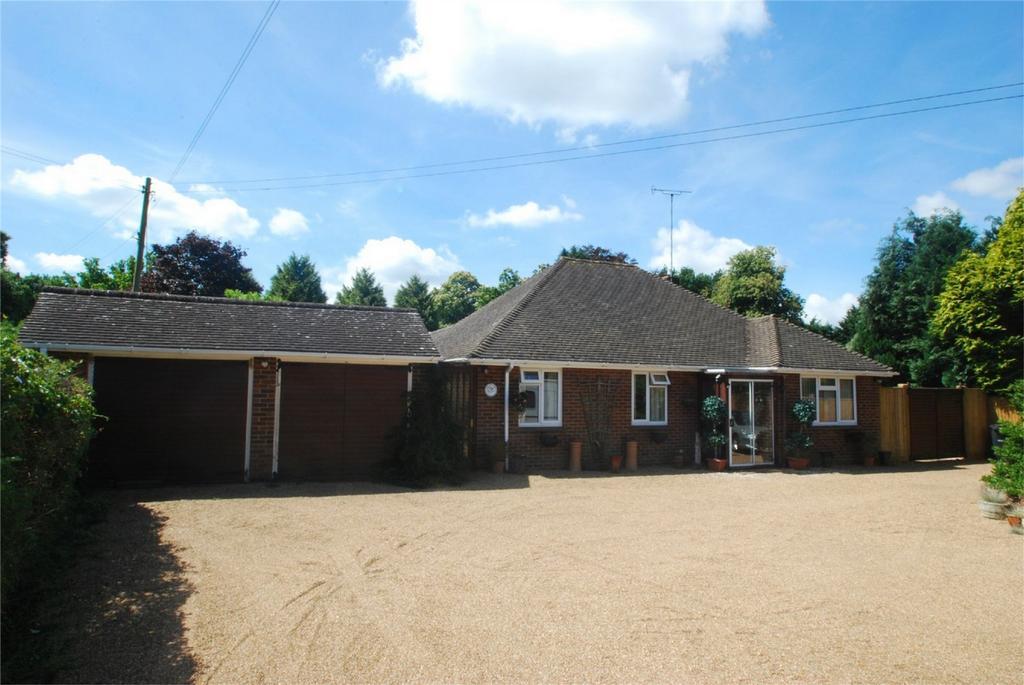 3 Bedrooms Chalet House for sale in Lenham