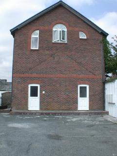 3 bedroom flat to rent - Madford Court, Launceston, PL15