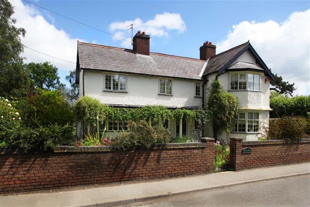 4 Bedrooms Detached House for sale in Nantwich Road, Nantwich, Cheshire