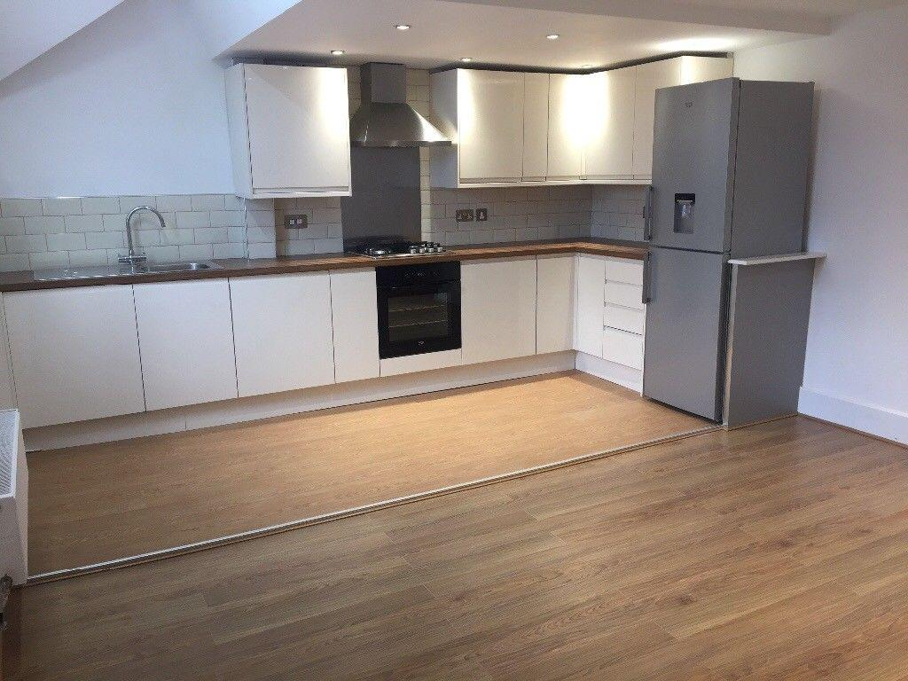 4 Bedrooms Flat for rent in Albert Rd, Levenshulme, Manchester M19
