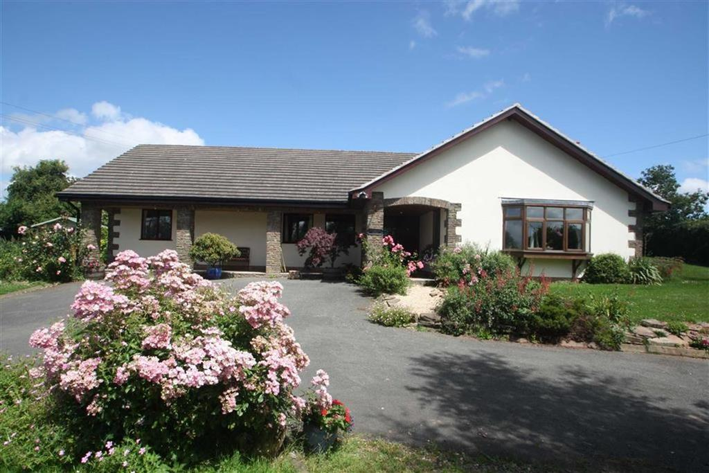 4 Bedrooms Bungalow for sale in GARWAY, Garway Hill Hereford, Herefordshire