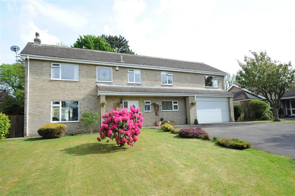 5 Bedrooms Detached House for sale in Kneeton Park, Middleton Tyas