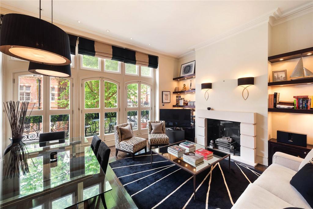1 Bedroom Flat for sale in Kensington Court, Kensington, London