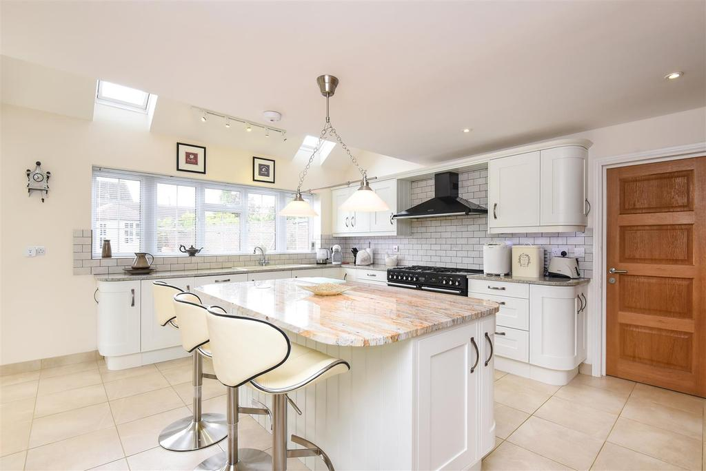 5 Bedrooms Detached House for sale in Jackies Lane, Wheatley