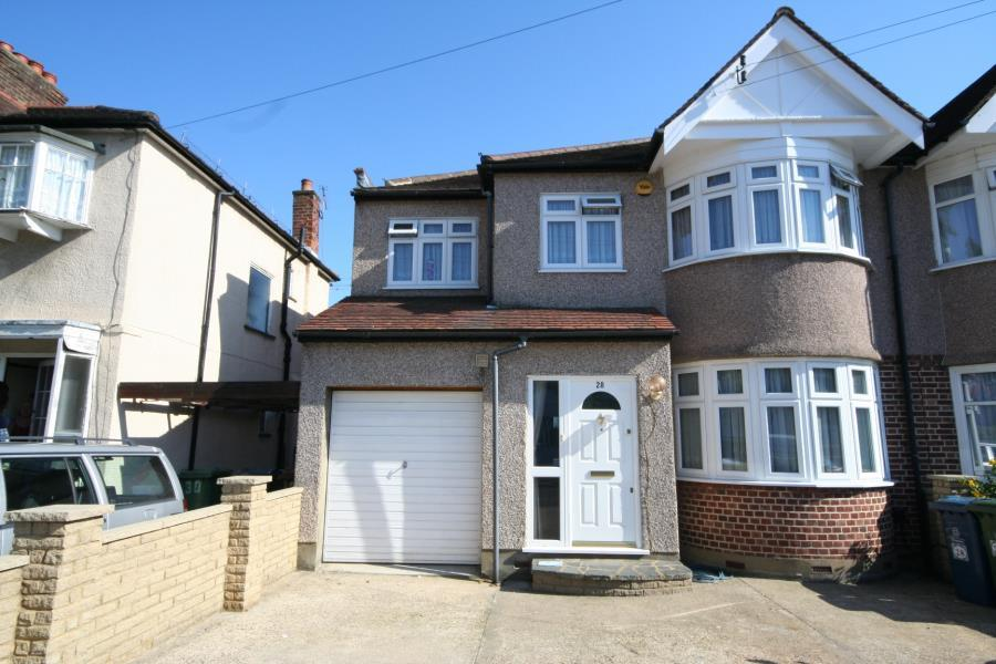 5 Bedrooms Semi Detached House for sale in Formby Avenue, Stanmore HA7 2JZ
