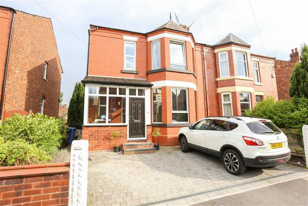 3 Bedrooms Semi Detached House for sale in Orthes Grove, Heaton Chapel