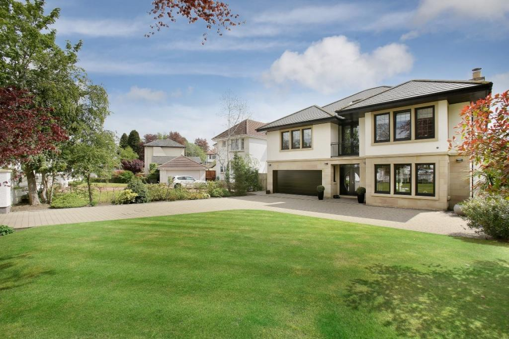 5 Bedrooms Detached Villa House for sale in 17 Sunningdale Avenue, Newton Mearns, G77 5PD