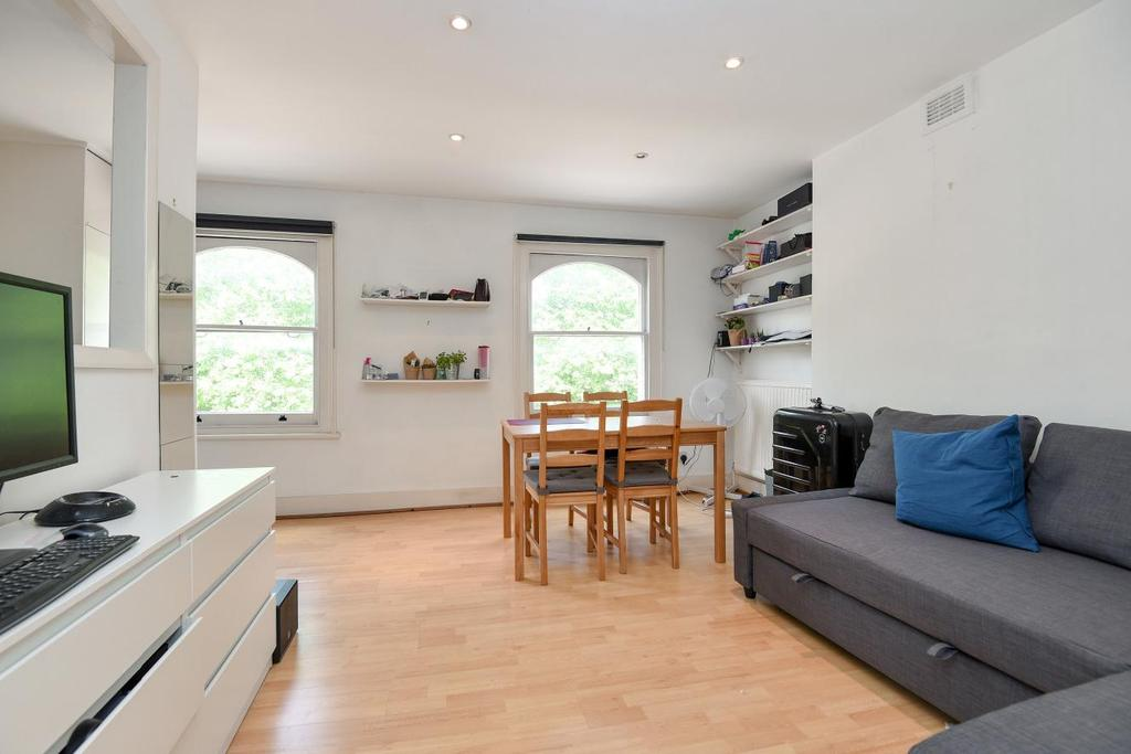 1 Bedroom Flat for sale in Lavender Hill, Battersea, SW11