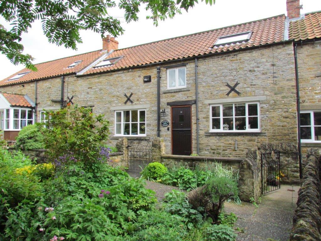 2 Bedrooms House for sale in High Market Place, Kirkbymoorside, York